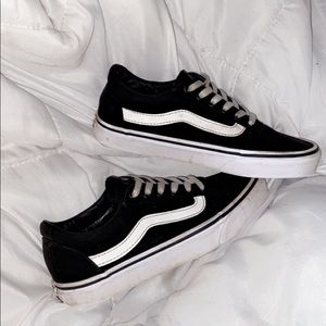 Old skool vans black white 5 men's 6.5 womens